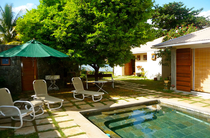 Swimming pool the river house bed breakfast mauritius for Swimming pool mauritius